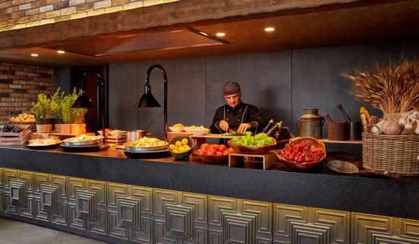 -_0005_11 Orizontes Restaurant